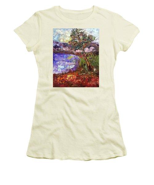 Single Women's T-Shirt (Athletic Fit)