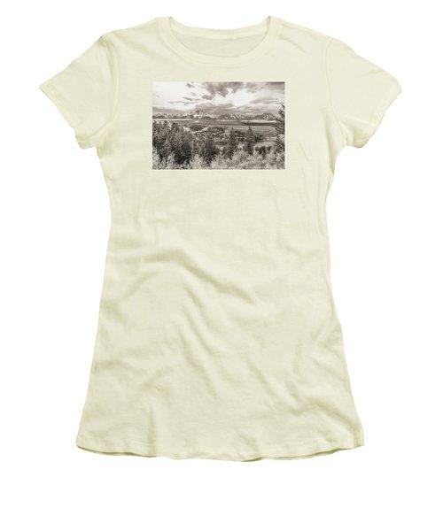 Snake River Overlook Grand Teton Women's T-Shirt (Athletic Fit)