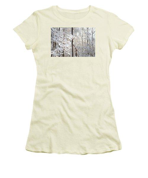Snowy Dogwood Bloom Women's T-Shirt (Athletic Fit)