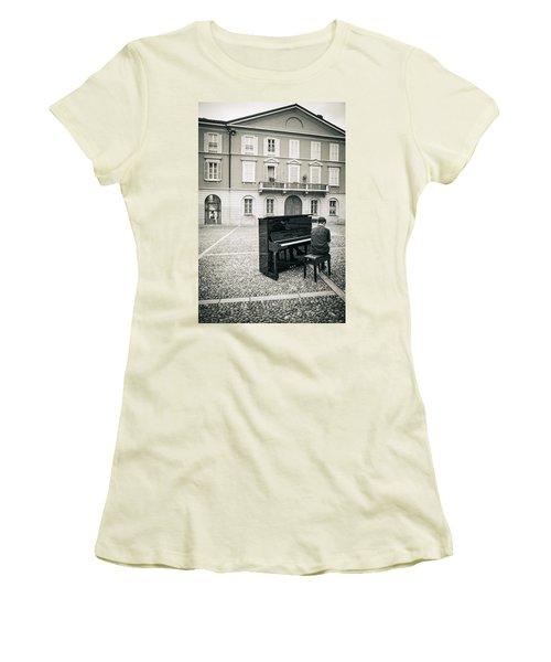 Soul Women's T-Shirt (Athletic Fit)