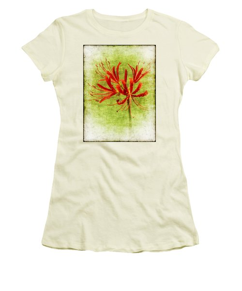 Spider Lily Women's T-Shirt (Athletic Fit)