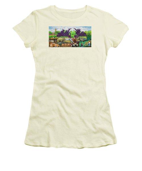 St. Louis Zoo Women's T-Shirt (Athletic Fit)