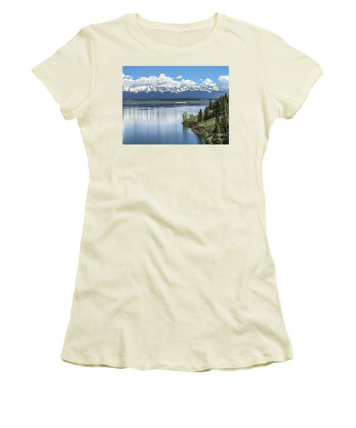 Women's T-Shirt (Junior Cut) featuring the photograph Stunning Colorado by William Wyckoff