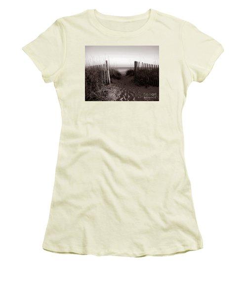 Sunrise At Myrtle Beach Sc Women's T-Shirt (Athletic Fit)
