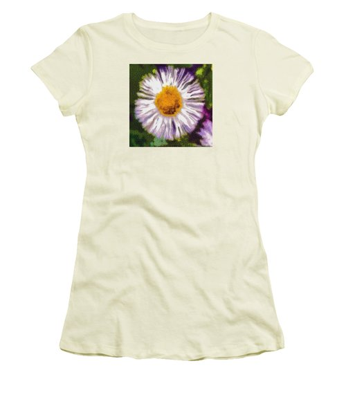 Women's T-Shirt (Junior Cut) featuring the photograph Supernove Daisy by Spyder Webb