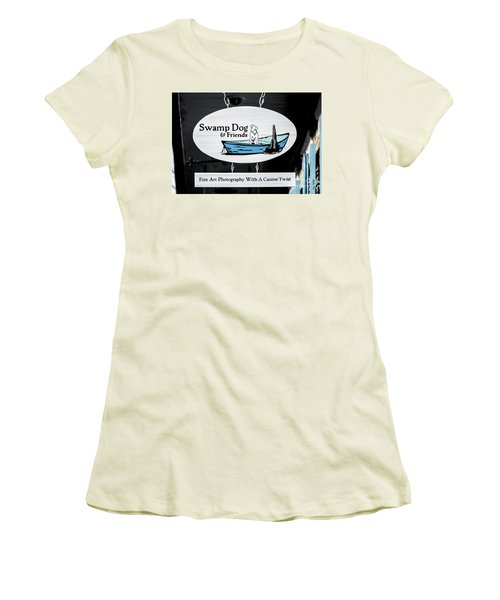 Swamp Dog And Friends Women's T-Shirt (Athletic Fit)