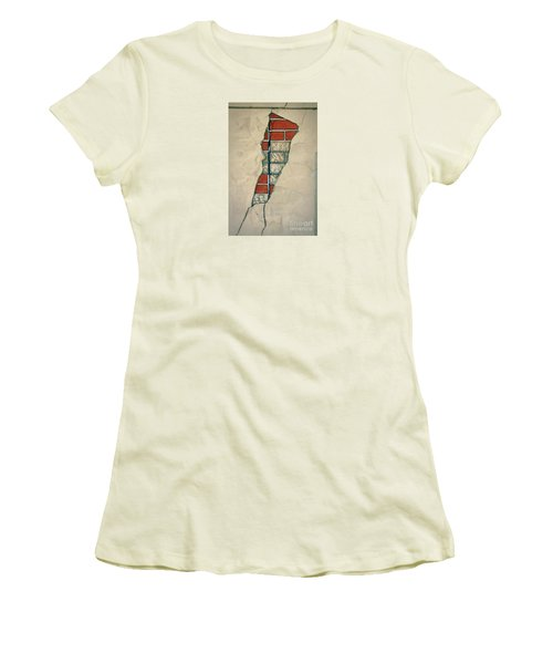 The Cracked Wall Women's T-Shirt (Athletic Fit)