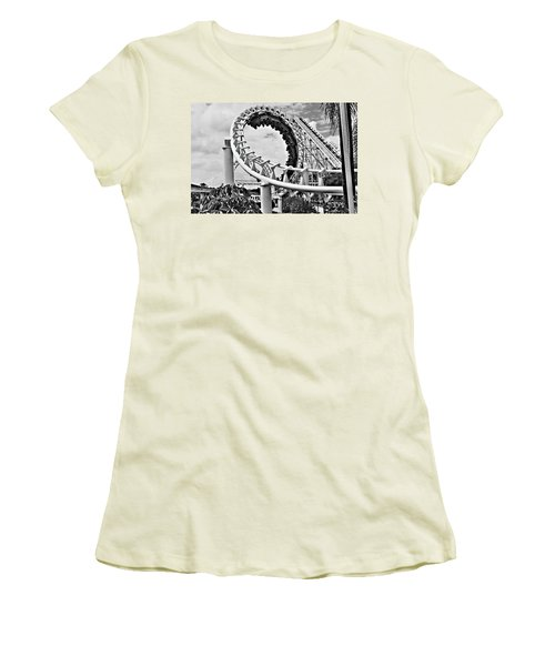The Loop Black And White Women's T-Shirt (Athletic Fit)
