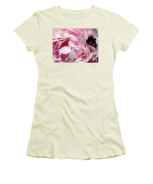 The Lost Bee 2 Women's T-Shirt (Athletic Fit)