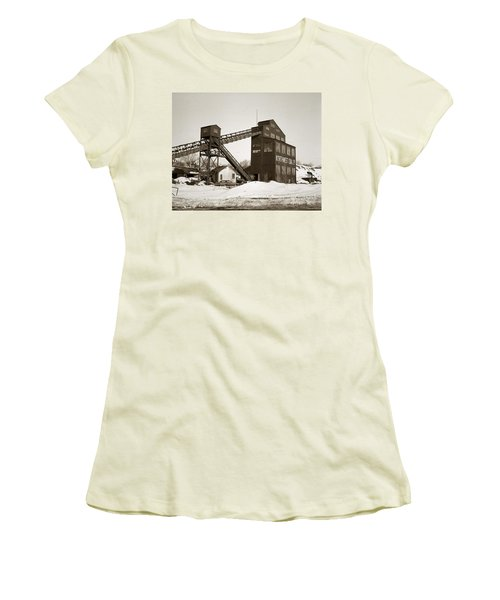 The Northwest Coal Company Breaker Eynon Pennsylvania 1971 Women's T-Shirt (Athletic Fit)