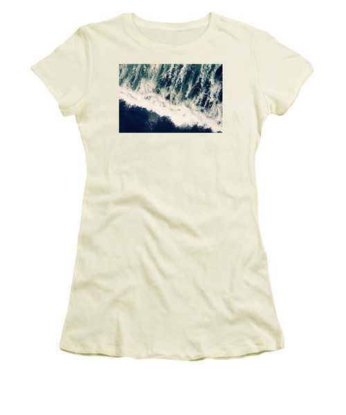 The Ocean Roars Women's T-Shirt (Athletic Fit)