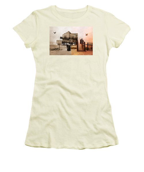 The Osprey And The Pelican Women's T-Shirt (Athletic Fit)