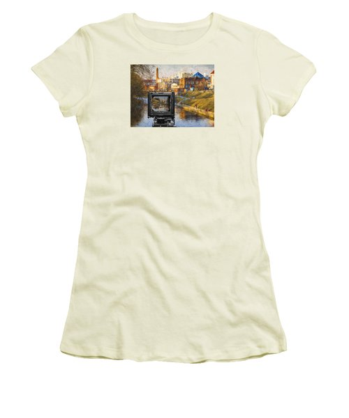 The Photographer's Way Of Seeng Women's T-Shirt (Athletic Fit)