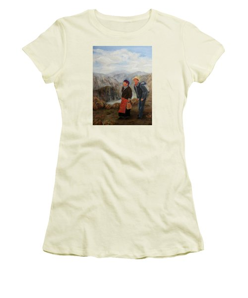 To Market Women's T-Shirt (Junior Cut) by Roseann Gilmore