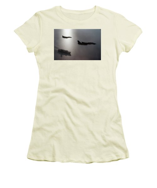 Women's T-Shirt (Junior Cut) featuring the photograph Tomcat Silhouette  by Peter Chilelli