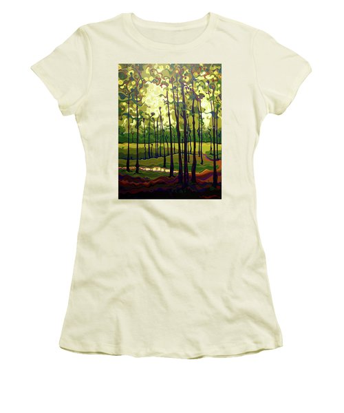 Treecentric Summer Glow Women's T-Shirt (Athletic Fit)