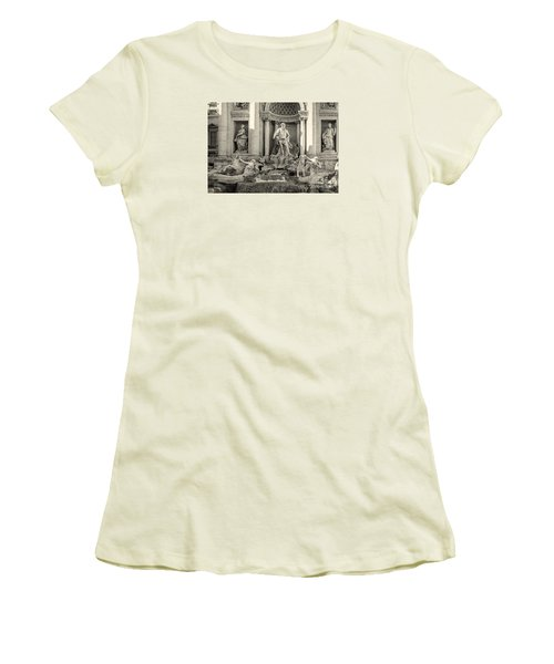 Trevi Fountain Women's T-Shirt (Athletic Fit)