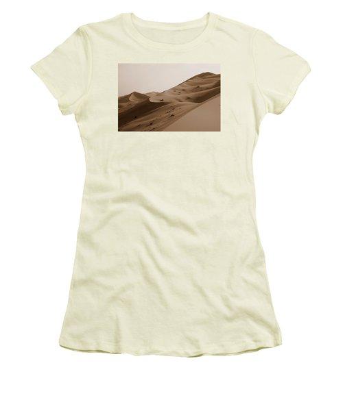 Uruq Bani Ma'arid 2 Women's T-Shirt (Athletic Fit)