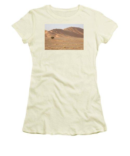 Uruq Bani Ma'arid 5 Women's T-Shirt (Athletic Fit)