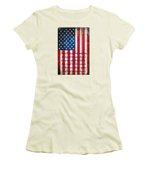Vintage American Flag And 2nd Amendment On Old Wood Planks Women's T-Shirt (Athletic Fit)