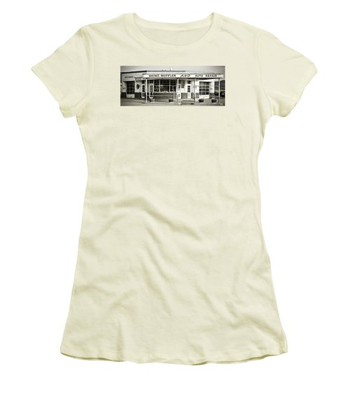 Vintage Gas Station Women's T-Shirt (Junior Cut) by Marilyn Hunt