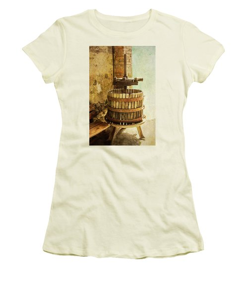 Vintage Wine Press Women's T-Shirt (Athletic Fit)