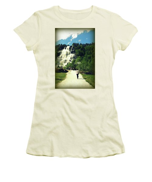 Visit To Tvindefossen Falls Women's T-Shirt (Athletic Fit)