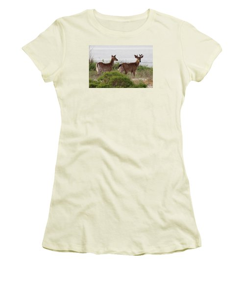 White Tail Deer Port Jefferson New York Women's T-Shirt (Athletic Fit)