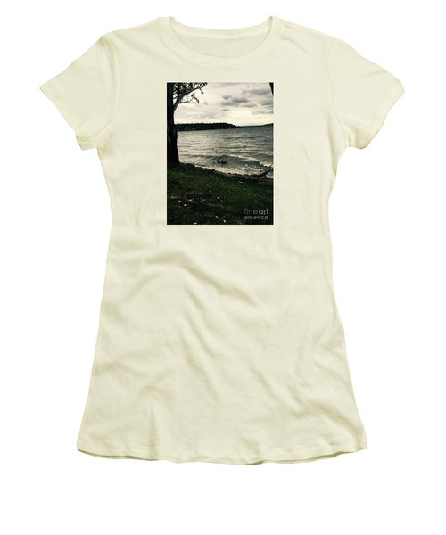 Wind Followed By Waves Women's T-Shirt (Athletic Fit)