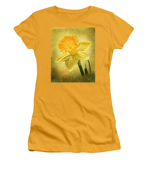Women's T-Shirt (Junior Cut) featuring the photograph Daffodil by Ann Lauwers