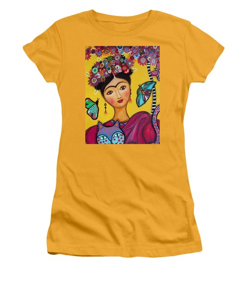 Frida Kahlo And Her Cat Women's T-Shirt (Junior Cut) by Pristine Cartera Turkus