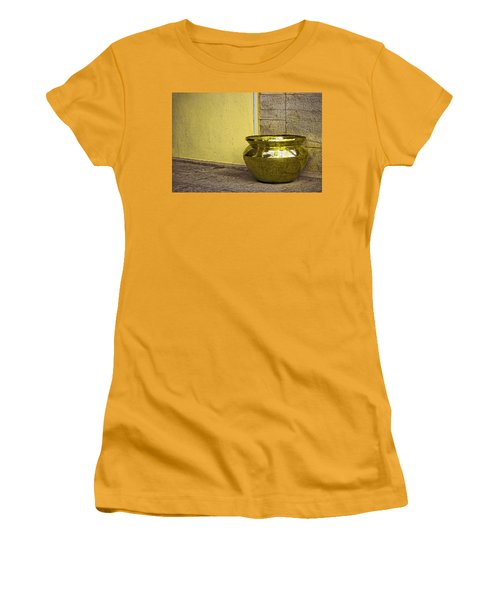 Golden Pot Women's T-Shirt (Athletic Fit)