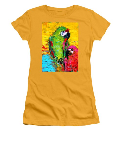 Parrot Lovers Women's T-Shirt (Athletic Fit)