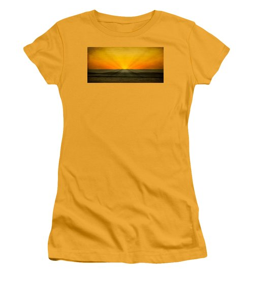 Peeking Over The Horizon Women's T-Shirt (Athletic Fit)