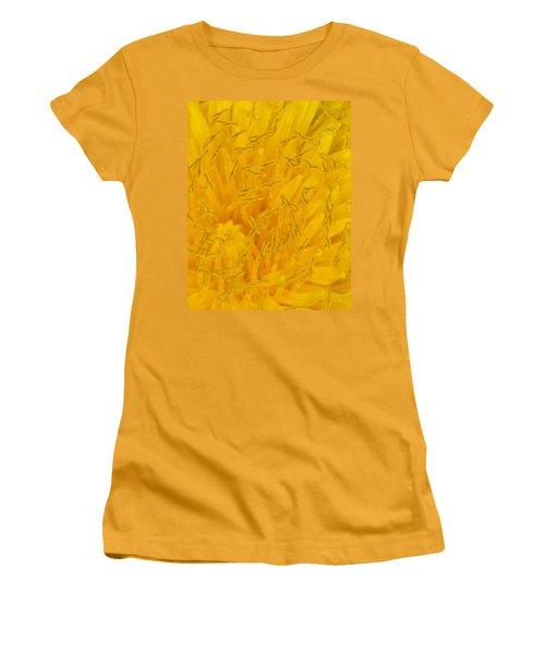 Dandelion Up Close Women's T-Shirt (Athletic Fit)
