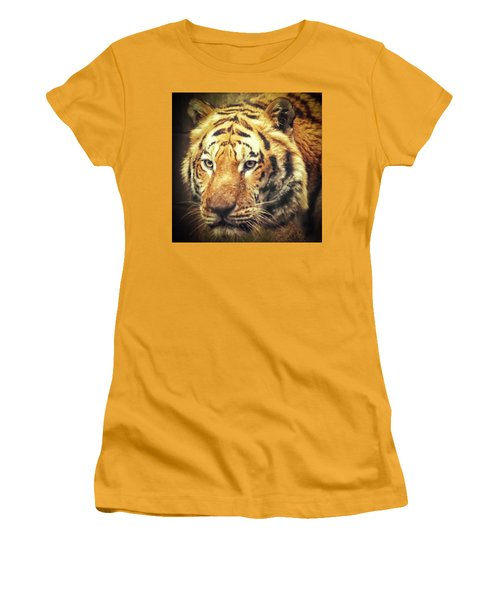 Tiger Portrait Women's T-Shirt (Athletic Fit)