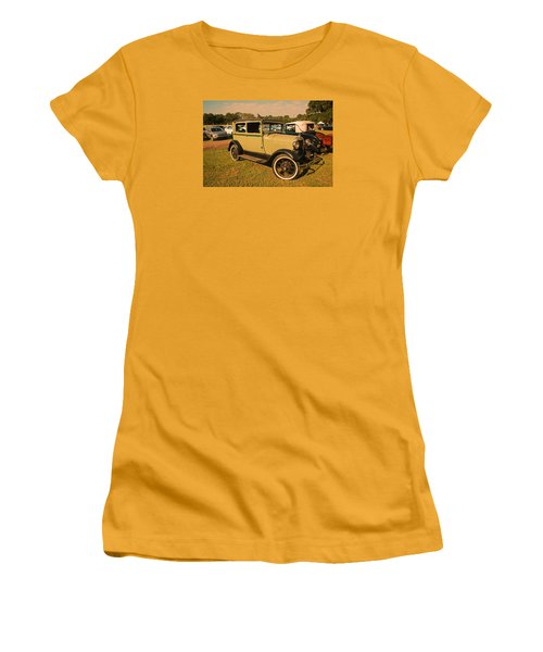 Antique Car Women's T-Shirt (Athletic Fit)