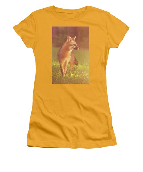 Fox Women's T-Shirt (Athletic Fit)