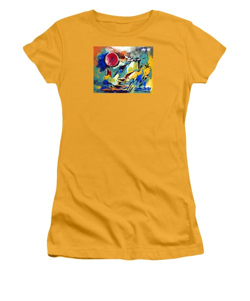 Ameeba 35-horses By The Sea Women's T-Shirt (Athletic Fit)