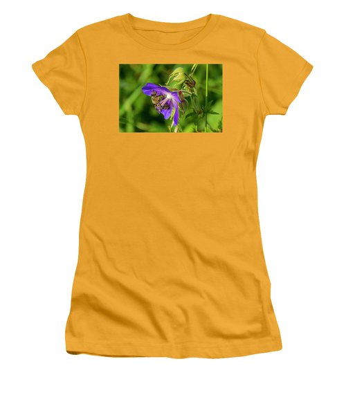 Bee At Work Women's T-Shirt (Athletic Fit)