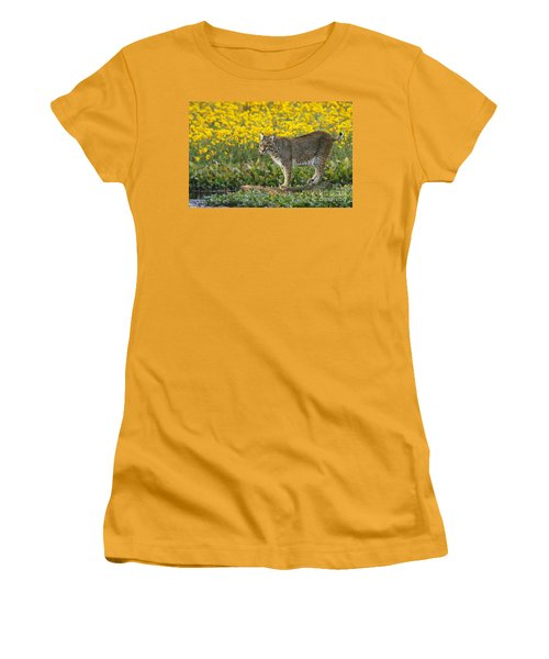 Bobcat In The Swamp Women's T-Shirt (Athletic Fit)