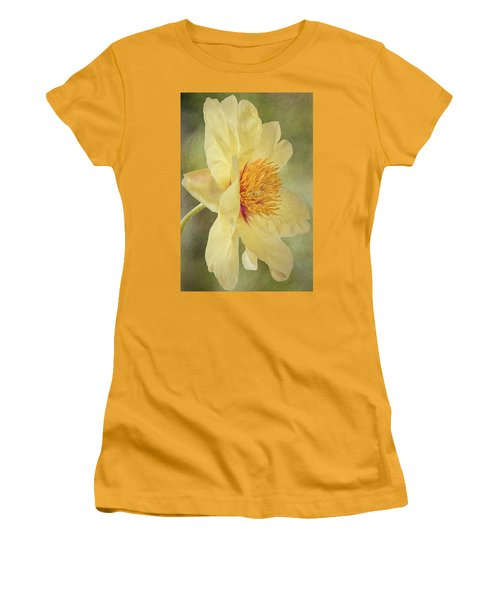 Golden Bowl Tree Peony Bloom - Profile Women's T-Shirt (Junior Cut) by Patti Deters