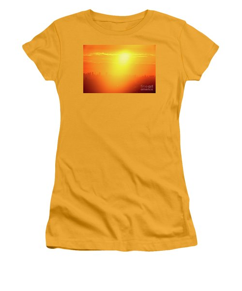 Women's T-Shirt (Junior Cut) featuring the photograph Golden Light by Tatsuya Atarashi