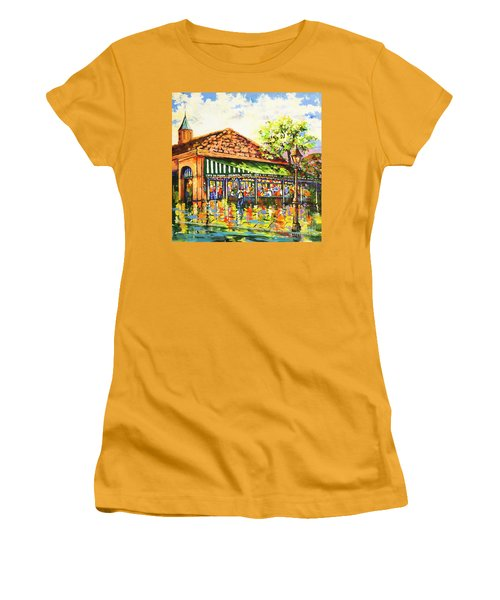 Jazz At Cafe Du Monde Women's T-Shirt (Athletic Fit)