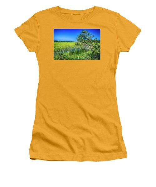 Kent Mitchell Nature Trail, Bald Head Island Women's T-Shirt (Athletic Fit)
