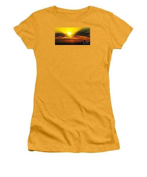 Mahlon Sweet Sunset Women's T-Shirt (Junior Cut) by Mindy Bench