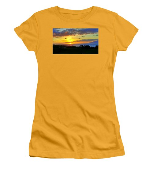 Majestic Maui Sunset Women's T-Shirt (Athletic Fit)