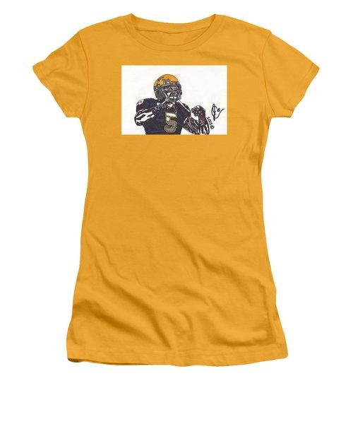 Manti Te'o 1 Women's T-Shirt (Junior Cut) by Jeremiah Colley