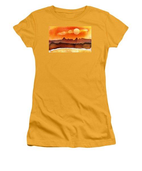 Mohavae Moon Women's T-Shirt (Athletic Fit)