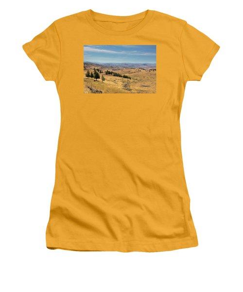 Mountainous Terrain In Central Oregon Women's T-Shirt (Athletic Fit)